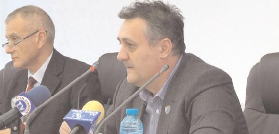 Cotizaţia pentru anul 2017 a Consiliului Judeţean Dâmboviţa către echipa de fotbal Chindia Târgovişte este în cuantum de 1.400.000 lei