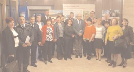 Secretarul de stat Raed Arafat şi preşedintele CJ, Alexandru Oprea, prezenţi la seminarul de instruire al Crucii Roşii Dâmboviţa