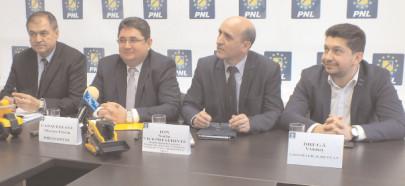 Liberalii acuză lipsa transparenţei la repartizarea pe UAT-uri a sumelor defalcate din TVA