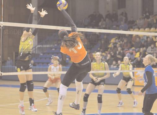 Pentru patru echipe din prima ligă, campionatul s-a încheiat Odată cu terminarea campionatului regulat al Diviziei A1 la volei feminin, se ştiu şi echipele care vor juca în cea de-a doua parte a întrecerii, adică în play-off şi în play-out