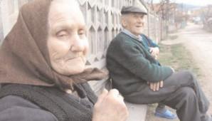 Îmbătrânirea populaţiei, favorizată de scăderea natalităţii