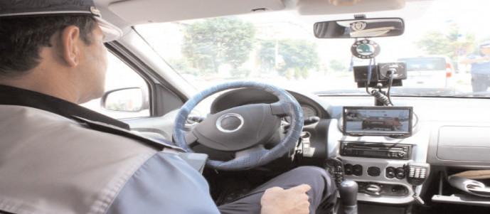 Peste 100 de conducători auto, amendaţi în ultimele 24 de ore pentru viteză excesivă pe drumurile din Dâmboviţa