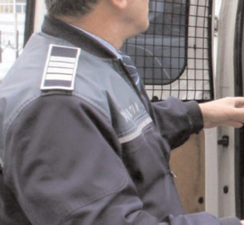 Poliţiştii din Dâmboviţa au emis 22 de ordine de protecţie provizorii