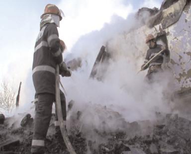 Zeci de intervenţii ale pompierilor dâmboviţeni