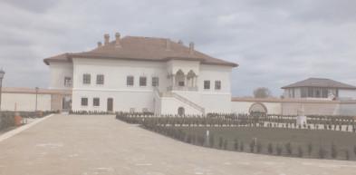Numărul turiştilor care au vizitat obiective din Dâmboviţa a crescut cu 11,5%