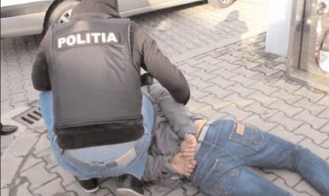 ACŢIUNI PENTRU DESTRUCTURAREA GRUPĂRILOR DE CRIMINALITATE ORGANIZATĂ