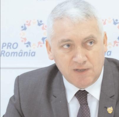 Pro România Dâmboviţa strânge semnături pentru susţinerea candidaturilor la europarlamentare
