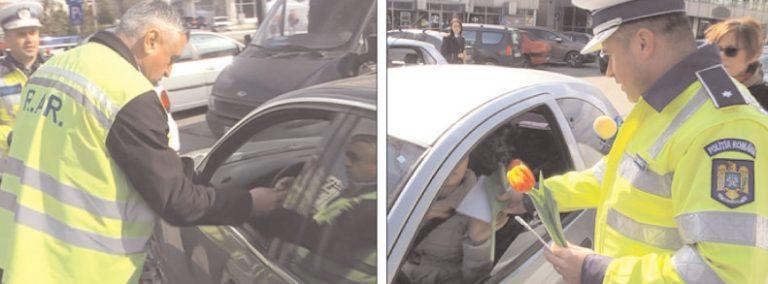 Şoferiţele din Târgovişte sancţionate cu flori şi mărţişoare de poliţişti şi inspectorii RAR
