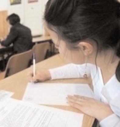 Se apropie simularea examenelor de Evaluare Naţională şi BAC 2019