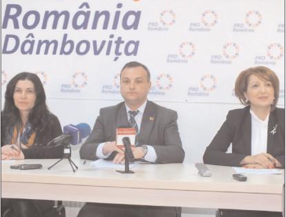 25600 de dâmboviţeni au semnat pentru susţinerea candidaţilor Pro România la europarlamentare