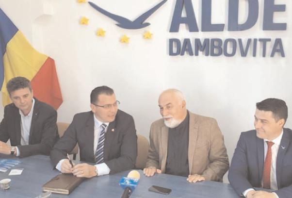 Vicepreşedintele ALDE, deputatul Varujan Vosaanian : Alegerile europarlamentare au ieşit de pe agenda publică, locul fiind ocupat de tema Referendumului pe Justiţie