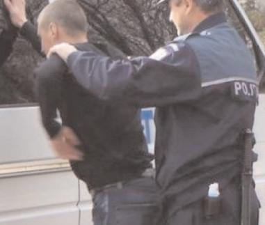 Reţinut de poliţiştii specializaţi în investigaţii criminale de la Târgovişte