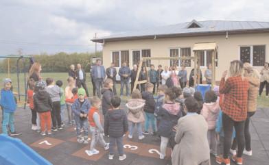 Un loc de joacă modern la Grădiniţa cu Program Prelungit Ghergani din oraşul Răcari