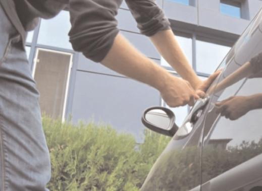 Prevenirea furturilor din autoturisme