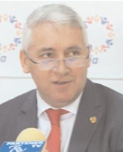 Adrian Ţuţuianu, senator Pro România: Pentru Dragnea, PSD a fost doar un vehicul pentru exercitarea puterii personale