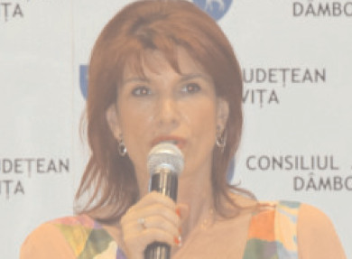 Cristina Stroe a primit prin delegare atribuţiile de inspector şcolar general