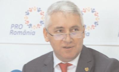 """Adrian Tutuianu (Pro România), despre ideea suspendării preşedintelui: """"lohannis ar câştiga din primul tur"""""""