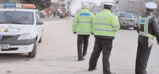 Poliţiştii au aplicat 633 de sancţiuni contravenţionale în numai 48 de ore