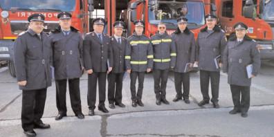 """Şapte pompieri de la ISU """"Basarab I"""" Dâmboviţa, la final de carieră"""
