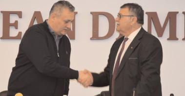 Patru noi contracte de asociere semnate la CJ Dâmboviţa