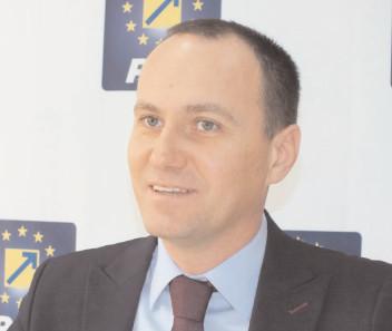 Aurelian Cotinescu va candida din partea PNL pentru Primăria Târgovişte
