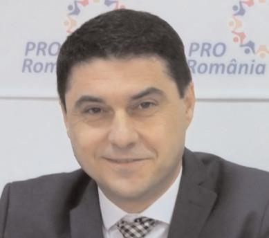Pro România strânge semnături pentru construirea de parcări supraterane în Târgovişte