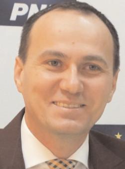Aurelian Cotinescu: Guvernul liberal nu poate face reformele cerute de români fără majoritate în Parlament