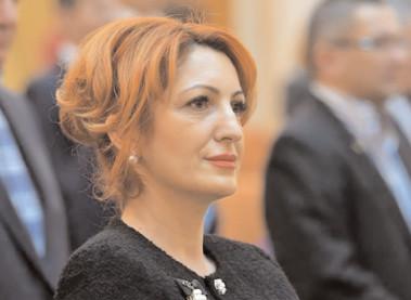 """Oana Vlăducă. după demisia lui Victor Costache: """"Au înnebunit de tot?"""""""