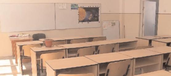Cursurile şcolare online, de la recomandare la obligativitate