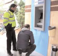2.230 de controale la bancomate, făcute de poliţişti