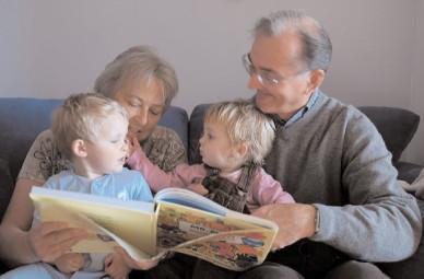 Părinţii pot beneficia de zile libere plătite până la sfârşitul anului şcolar