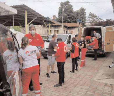 Crucea Roşie Dâmboviţa a primit o donaţie de 3 tone de produse lactate de la Firma Muller