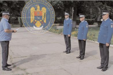 """Trei jandarmi, la încheierea mandatului de onoare în instituţia """"Oamenilor de arme"""""""