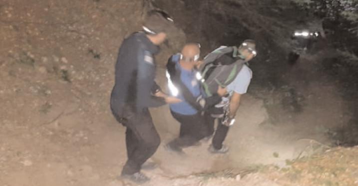 Jandarmii de la Postul Montan Zănoaga au intervenit pe un traseu montan din munţii Bucegi pentru a sprijini doi turişti aflaţi în dificultate