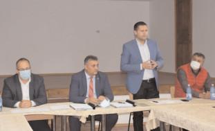 S-au semnat contractele de execuţie pentru alte două loturi de covoare bituminoase