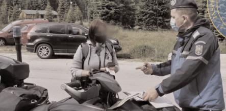 Jandarmii au continuat acţiunile de informare în zona montană