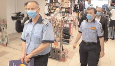 300 de poliţişti, jandarmi, pompieri ITM, DSV şi DSP au acţionat pentru prevenirea şi limitarea infectării cu noul COVID-19, în zonele aglomerate din judeţul Dâmboviţa