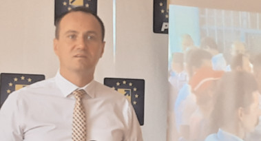 """Candidatul PNL la Primăria Târgovişte: """"Să lăsăm demagogia, minciuna şi veşnicele campanii de imagine!"""""""