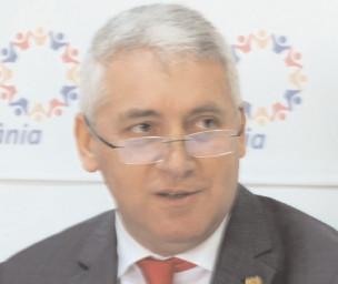 """Adrian Ţuţuianu, despre """"marele succes"""" al preşedintelui lohannis"""