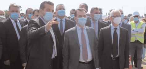 Premierul Ludovic Orban a participat la inaugurarea şantierului fabricii IVECO, de la Petreşti