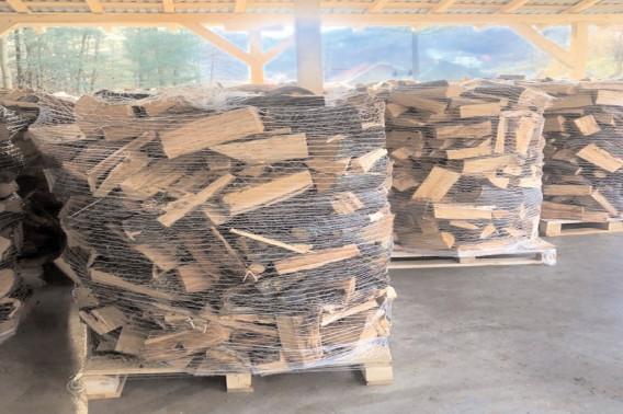 Romsilva va pune la dispoziţia populaţiei încă un milion de metri cubi de lemn pentru foc până la finalul anului