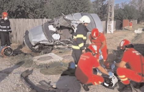 În primele opt luni ale acestui an, pe drumurile publice din judeţul Dâmboviţa, 85 de accidente rutiere grave, soldate cu decesul a 18 persoane