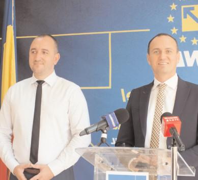 """Tică Dan Alexandru, candidat pe lista PNL Târgovişte: """"PSD apelează la o linie telefonică pentru găsirea problemelor!"""""""