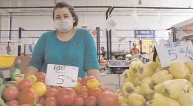 Peste 4.300 de operatori controlaţi în domeniul comercializării legumelor şi fructelor proaspete