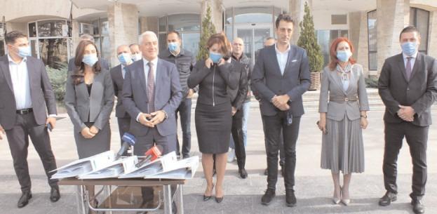 Adrian Ţuţuianu deschide lista Pro România Dâmboviţa pentru Camera Deputaţilor
