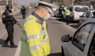Autovehicule destinate transportului public de persoane şi marfă, controlate de poliţişti
