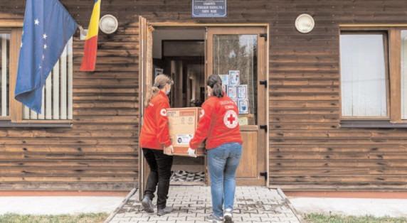 24 de şcoli şi de instituţii din judeţul Dâmboviţa, dotate cu boilere performante prin campania derulată de Crucea Roşie şi Ariston