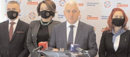 """Adrian Ţuţuianu: """"Pe 6 decembrie cetăţenii trebuie să decidă cine ar putea să conducă mai bine România"""""""