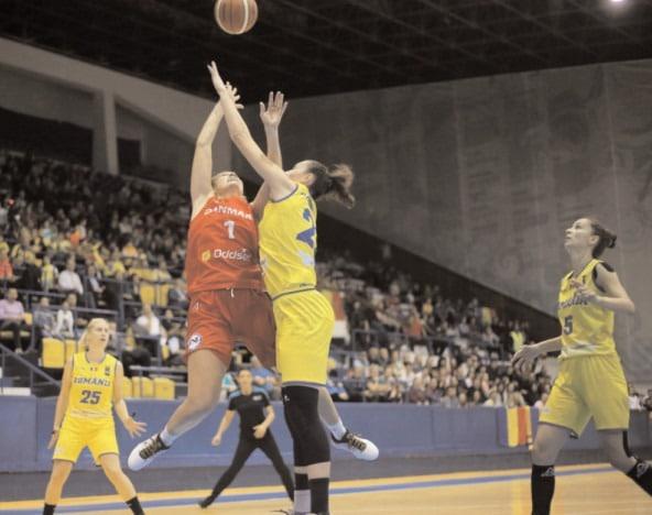"""""""ACVILELE"""" ŞI-AU LUAT ZBORUL CĂTRE RIGA Gabriela Irimia se află în lotul echipei naţionale de baschet feminin"""