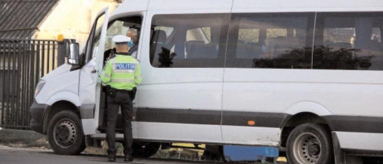 Poliţiştii din cadrul Inspectoratului de Poliţie Judeţean Dâmboviţa continuă activităţile de verificare a modului de respectare a prevederilor Legii 55/2020